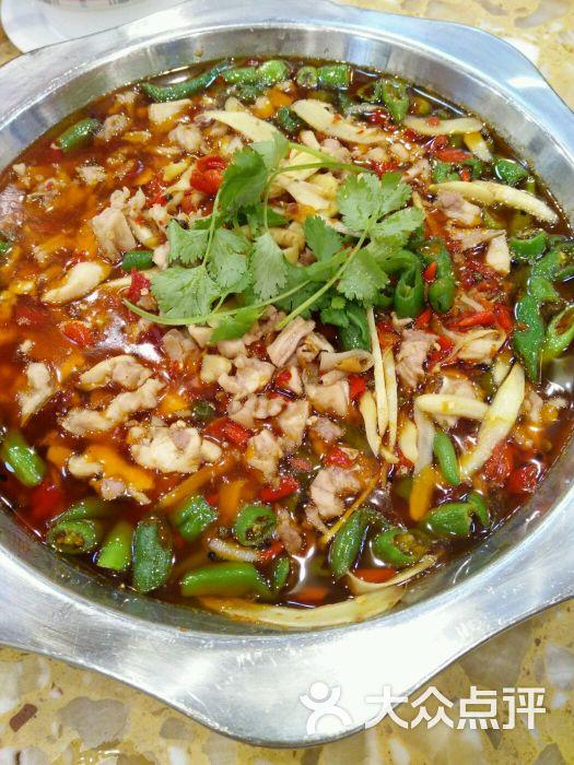 兔行天下鸿鹤鲜锅兔--菜图片-自贡美食-大众点评网
