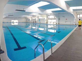 弘霆游泳健身会所