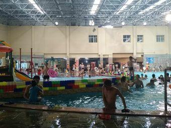蝴蝶泉游泳健身会馆