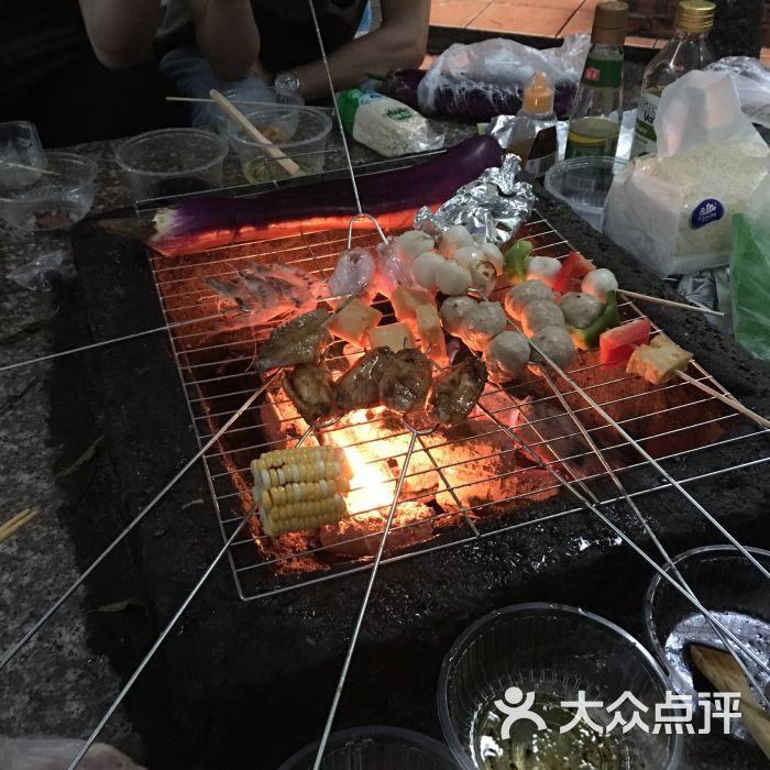 大夫山森林公园烧烤场图片 - 第1张