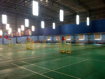 三石体育园区羽毛球馆