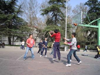 西安电子科技大学室外篮球场