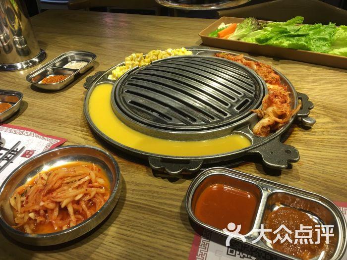 青瓦炭韩潮烤肉(花园道店)-图片-武汉美食