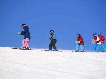 魔法滑雪学院万龙滑雪营