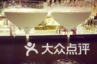 醇Pure Whiksy&CockTails Bar