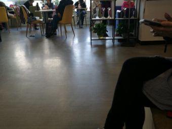 黑马舞蹈艺术中心