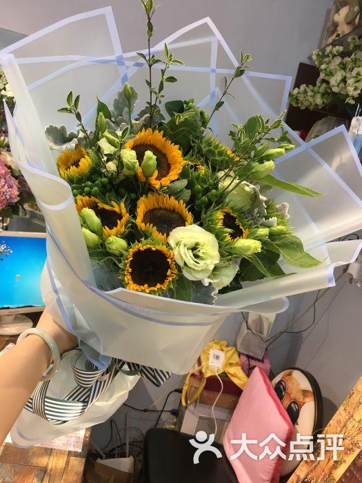 向日葵花束欧式包装图片