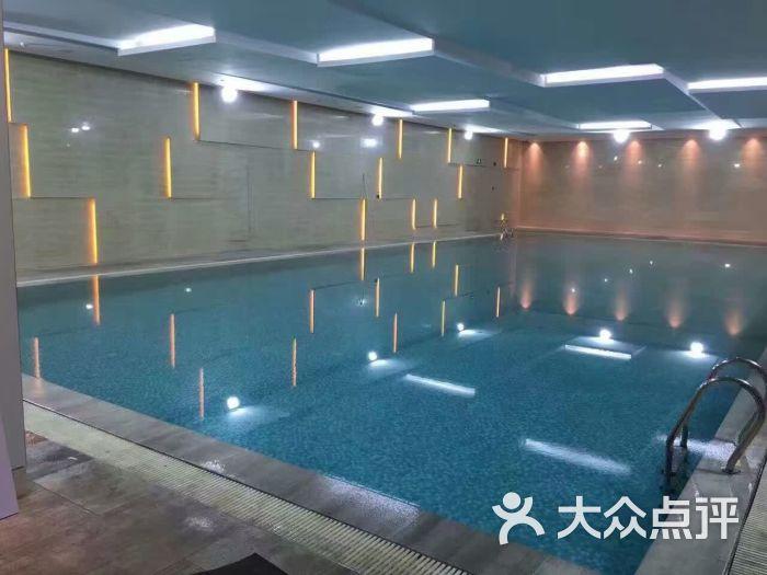 华新健身房恒温游泳馆-图片-上海运动健身-大众点评网