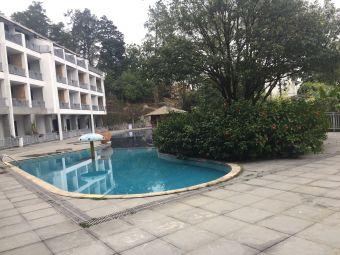 福州旗山森林温泉度假村游泳池