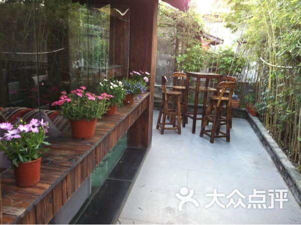 x-sense品色红酒咖啡吧比利时先榨生啤图片-北京酒吧