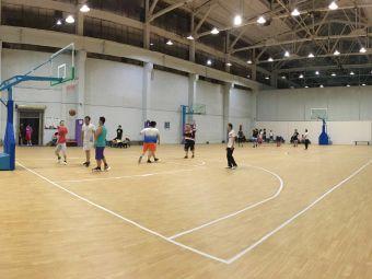 XIAO矮人篮球馆