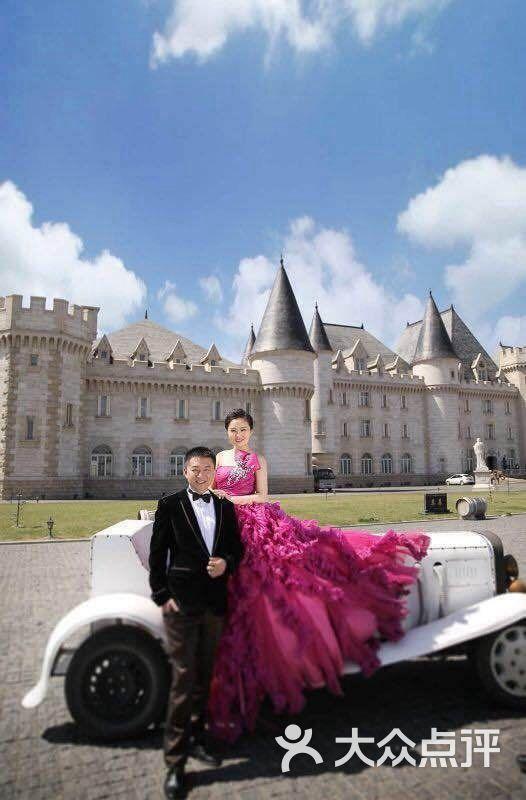 巴黎春天婚纱摄影拍摄基地