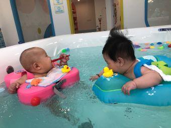 鲸鱼堡亲子游泳俱乐部(丽雅苑店)