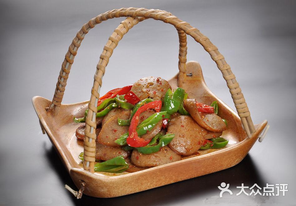 炒猪灌肠鲤鱼的省线图片