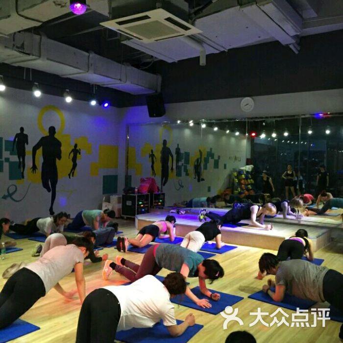 乐刻运动健身(水晶城店)-图片-杭州运动健身