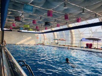 均瑶锦江国际大酒店-室内游泳池