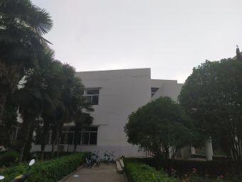 河南科技大学(西苑校区)