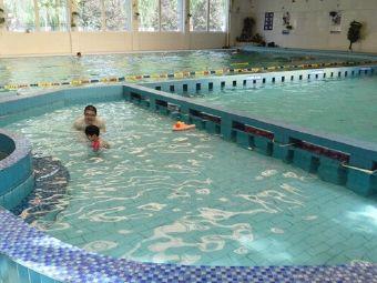 中茂温泉游泳馆
