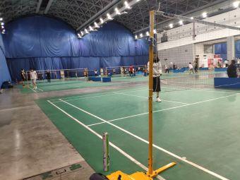 辉展羽毛球馆