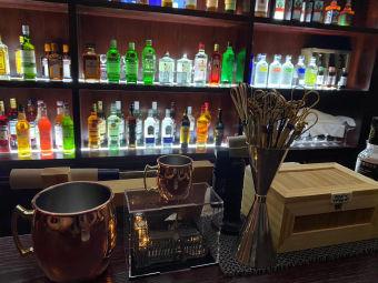 窝吧 Whisky & Cocktail Lounge
