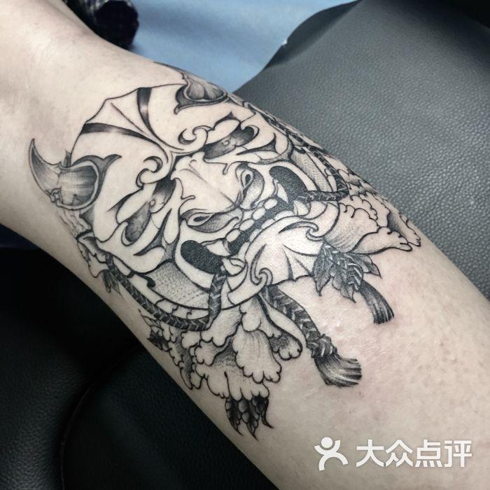 鱼刺纹身图片