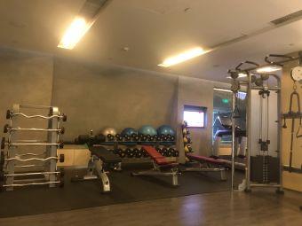 东凯悦酒店游泳健身中心