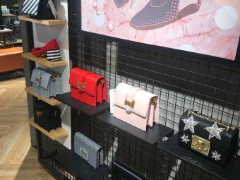 星期六鞋店(新华都百货店)