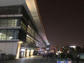 南京火车站北广场东电动汽车充电站