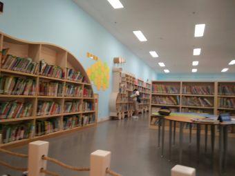 越城区图书馆