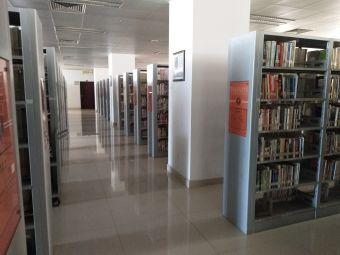海南医学院图书馆