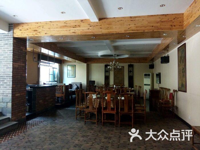 老杨家厨隔山菜(中越路店)图片-第41张私房板吊顶图片