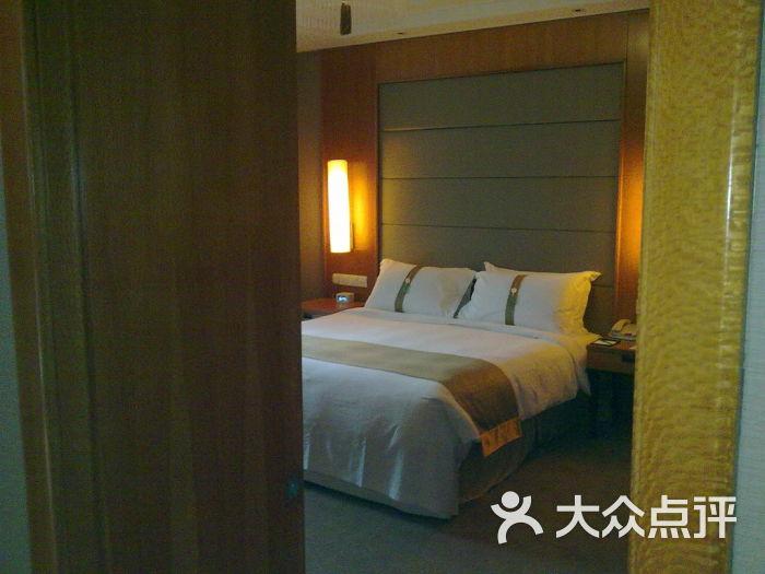 杭州钱江新城假日酒店