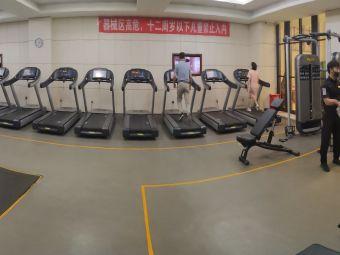 铂蓝郡游泳健身会所