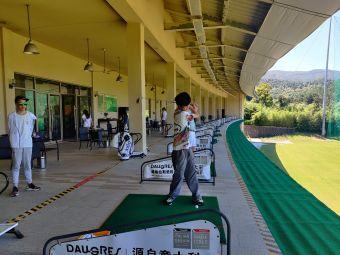 安吉高尔夫练习场