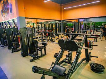 信果国际健身会所