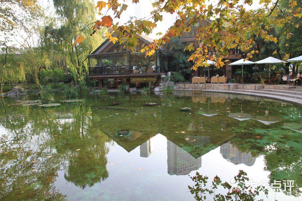 静安公园巴厘岛餐厅图片
