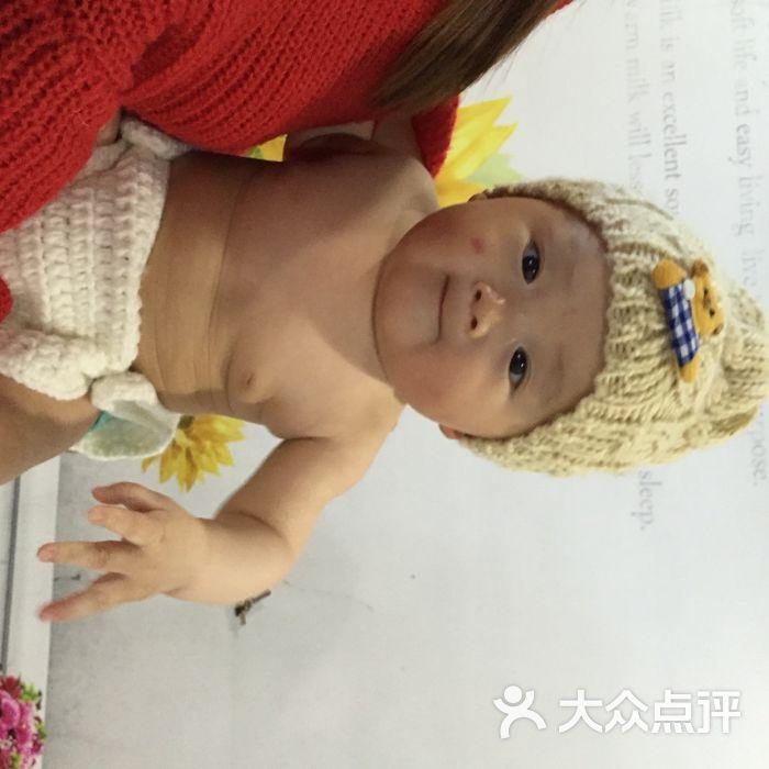 萌摄影创意儿童写真(虹口足球场店)