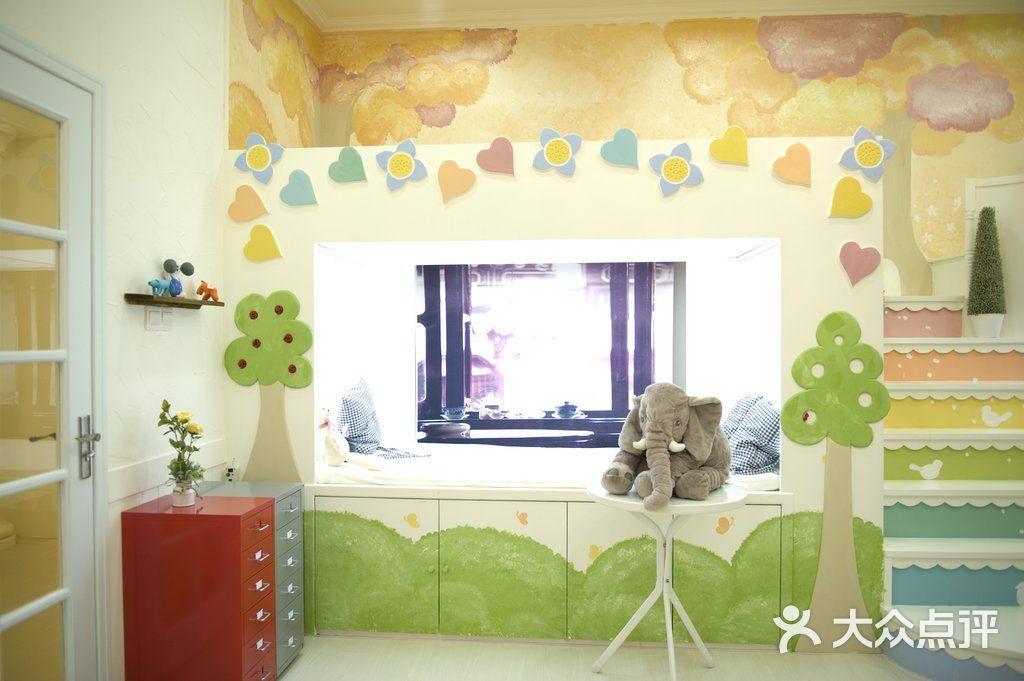华派可爱多(五羊新城店)-广州华派儿童摄影摄影棚图片
