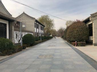 仁寿山公园-停车场