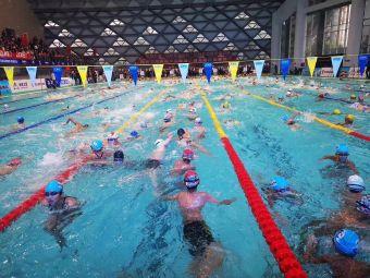 奥特斯恒温游泳馆