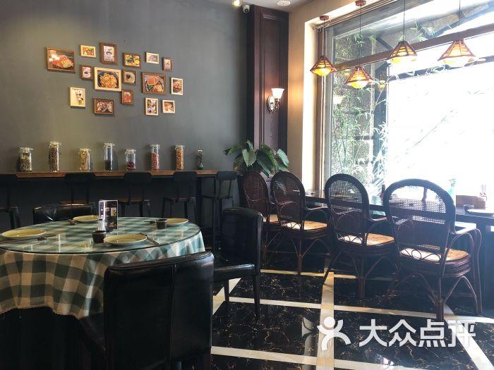 煲好汤茶餐厅大堂图片 - 第1张图片
