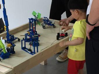 Robot plus(机器人之家)