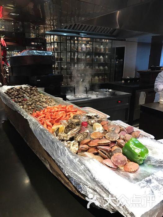 黄岛区 金沙滩风景区 自助餐 青岛涵碧楼酒店十一厨全日餐厅 默认点评