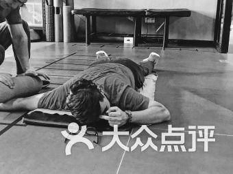 阳光100游泳健身(甪直店)