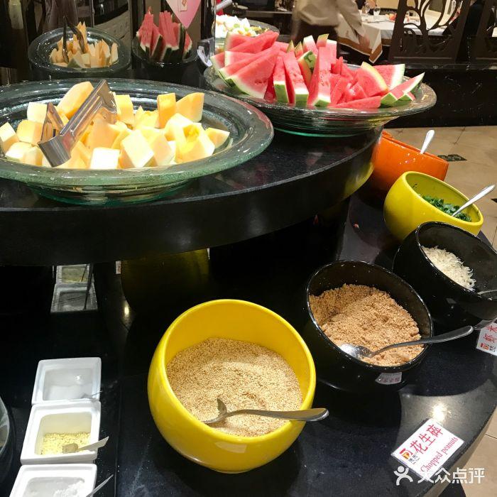 新北海鲜火锅肥牛(德天区店)做蛋炒饭需要的调味品图片