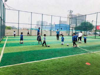 G-Soccer足球競技場