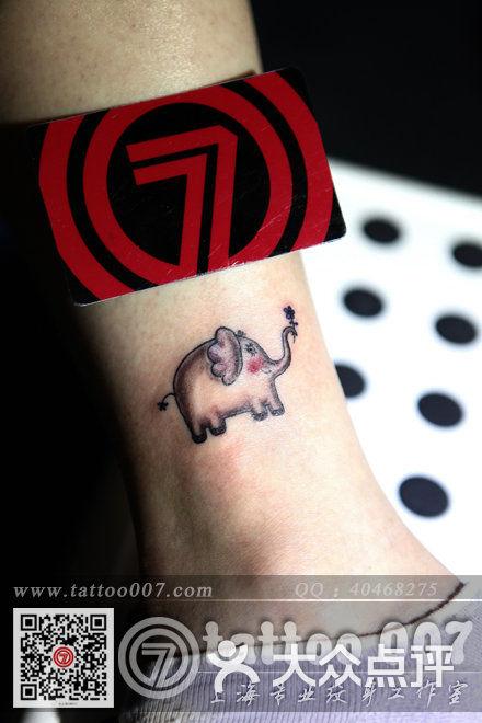 可爱小象纹身