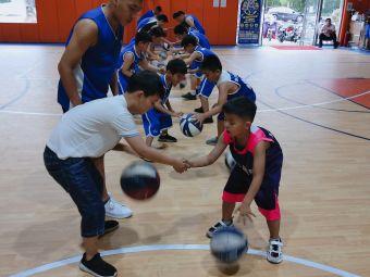 诚远篮球培训学校