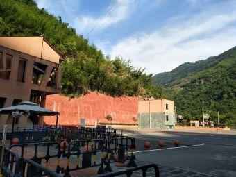 佛光岩景区-停车场