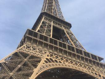巴黎经典漫步游